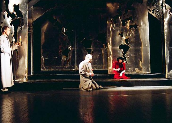 Saša Petronijević (Mula Jusuf) i Milija Vuković (Ahmet Nurudin), Derviš i smrt, Narodno pozorište, Kruševac, 1993.