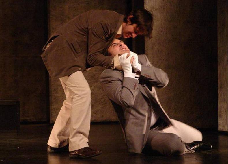 Branislav Trifunović (Ahmet Šabo) i Dejan Tončić ( Džemal Zafranija), Tvrđava, kruševačko Narodno pozorište, 2008.