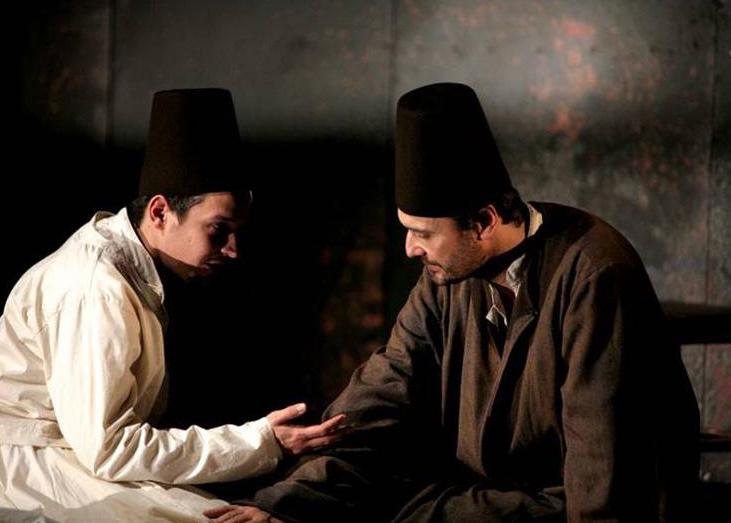 Nenad Stojmenović (Mula Jusuf) i Nikola Ristanoviski (Ahmet Nurudin), Derviš i smrt, beogradsko Narodno pozorište, 2008.