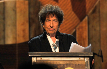 LOS ANGELES, CA - FEBRUARY 06:  Honoree Bob Dylan speaks onstage at the 25th anniversary MusiCares 2015 Person Of The Year Gala honoring Bob Dylan at the Los Angeles Convention Center on February 6, 2015 in Los Angeles, California. The annual benefit raises critical funds for MusiCares' Emergency Financial Assistance and Addiction Recovery programs. For more information visit musicares.org.  (Photo by Lester Cohen/WireImage) ORG XMIT: 535088427 ORIG FILE ID: 462897710